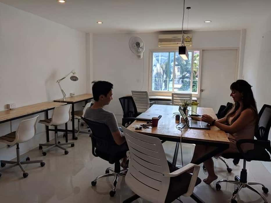 KNC-Kitncaboodle-coworking-space-santitham-chiang-mai