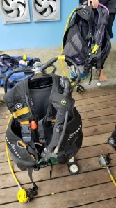Learning about our scuba equipment with Roctopus Dive