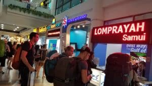 Lomprayah check in counter at the airport